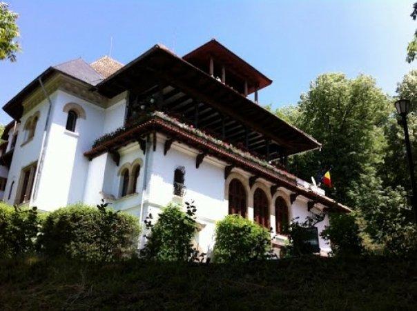 Ceramica din casele boierești – o experiență la Vâlcea